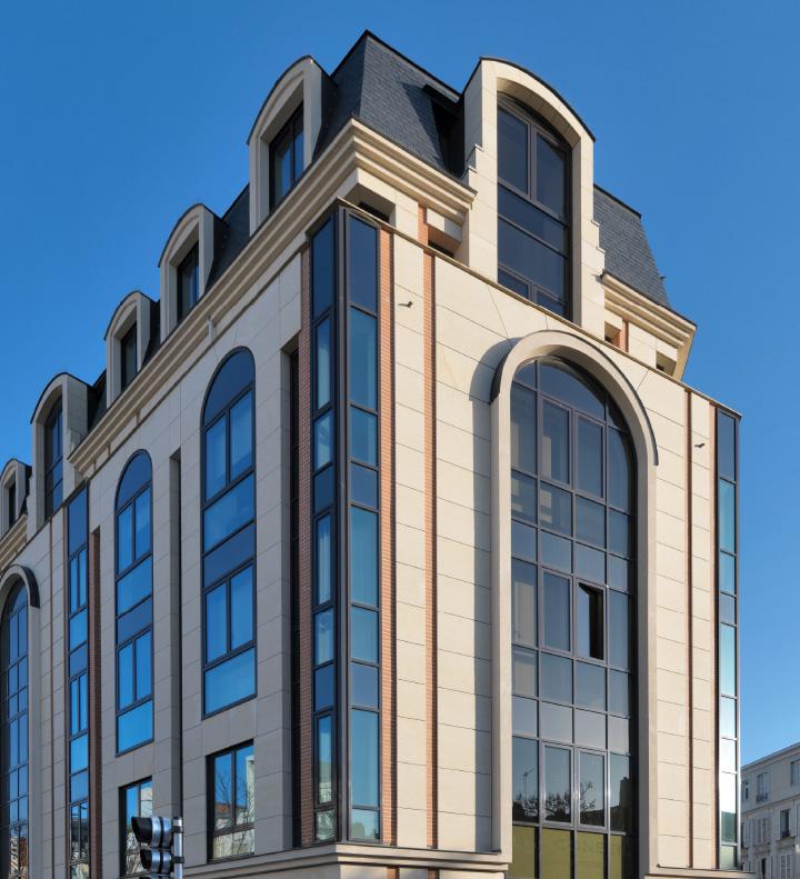 Edificio residenziale a Parigi - Grassi Pietre
